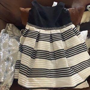 Sweet Heart Rose rhinestone Black/white dress
